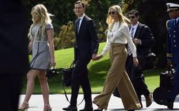 Tổng thống Donald Trump đưa cả gia đình đi nghỉ cuối tuần, trừ mẹ con bà Melania Trump