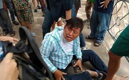 Cướp túi xách, 2 tên cướp tháo chạy té xuống đường bị dân bắt giữ ở Sài Gòn
