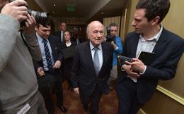 Đang thụ án dài đằng đẵng, Sepp Blatter vẫn làm khách của Putin để cổ vũ Ronaldo