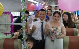"""Tình cờ gặp nhau 3 lần trên một chuyến xe, tài xế bus kết hôn với nữ hành khách vì """"có duyên phận"""""""