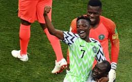 """Thống kê đáng kinh ngạc của """"sát thủ"""" Nigeria: Cứ gặp Messi là lại ghi bàn liên tục"""