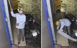 Hà Nội: Sáng sớm cầm que đi khều trộm camera an ninh, thanh niên bị chủ nhà đăng clip lên MXH dằn mặt