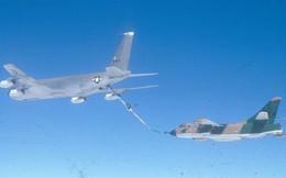 """Phát bắn thần kỳ của tên lửa Việt Nam: Phục kích diệt """"Trung tâm điện tử di động"""" EB-66"""