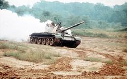 Vào thời khắc suýt nổ ra chiến tranh hạt nhân, TQ đã kịp lấy cắp xe tăng bí mật từ Liên Xô