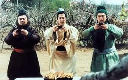 """Vì sao Lưu Bị cho con trai lấy 2 con gái của Trương Phi nhưng lại """"ngó lơ"""" con gái Quan Vũ?"""