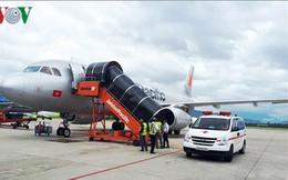 Máy bay đi Đà Lạt hạ cánh xuống Đà Nẵng vì hành khách... ngất xỉu