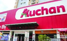 """Siêu thị Auchan bị khách hàng """"tố"""" bán trứng có dòi"""