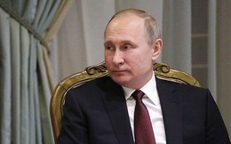"""Ra câu hỏi lớn, ông Putin """"định nghĩa"""" tương lai Crimea"""