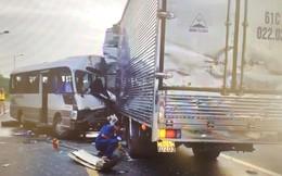 Xe khách tông xe tải ở Đồng Nai, nhiều người bị thương nhập viện cấp cứu