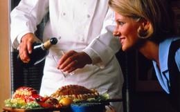 20 bức ảnh cho thấy bữa ăn trên máy bay ngày xưa có còn sang chảnh hơn nhà hàng 5 sao bây giờ