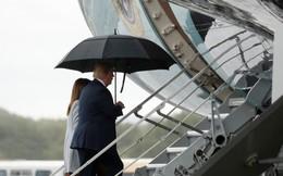"""Tổng thống Trump: Dù """"được tặng"""" cả Moscow thì tôi vẫn bị """"ném đá"""""""