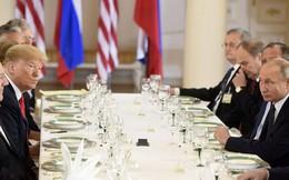 [CẬP NHẬT] Lãnh đạo Nga - Mỹ im lặng trên bàn tiệc sau cuộc gặp 1-1 dài hơi