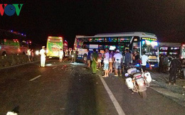 Ba ô tô khách va chạm liên hoàn, 2 người tử vong