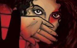 5 bé trai cưỡng hiếp tập thể bé gái 8 tuổi sau khi xem phim khiêu dâm trên điện thoại