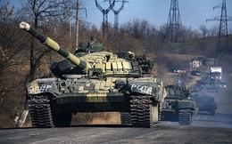 Ukraine nói gì về căn cứ hoang, đầy xe tăng sẵn sàng chiến đấu?