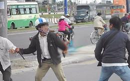Công an giải cứu hai phóng viên bị chặt thẻ hội viên hội nhà báo, dọa cắt gân ở Hà Nội