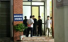 Nhiều cảnh sát cơ động đến Sở GD&ĐT Hà Giang lúc đêm khuya
