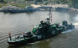 [ẢNH] Kỳ lạ những tàu tuần tra cỡ nhỏ được tích hợp tháp pháo xe tăng