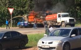 Xe cứu hỏa không đến kịp, xe hút hầm cầu phải xung phong ra dập lửa