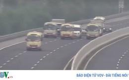 Xác minh 3 xe khách dàn hàng ngang trên cao tốc Hà Nội - Hải Phòng