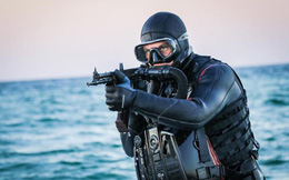 Người nhái Ukraine tập luyện tấn công Crimea: Đừng thách thức hệ thống phòng thủ Nga!