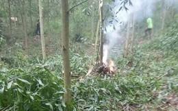 Ảnh: Hiện trường vụ rơi máy bay quân sự trên đồi tại Nghệ An