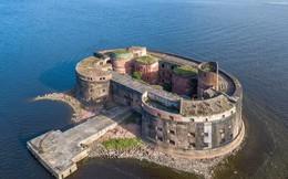 """""""Pháo đài Tai họa"""" bí ẩn của St. Petersburg"""