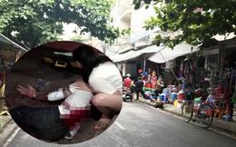 Giây phút nam thanh niên bị 2 kẻ lạ mặt truy sát qua nhiều tuyến phố