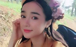 """Nhã Phương đăng ảnh cổ trang đẹp lung linh, fan nghi ngờ lại """"phim thật tình thật"""" với Trường Giang"""
