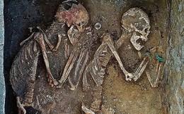 """Cặp hài cốt bí ẩn 5.000 năm tuổi được ví như """"Romeo, Juliet"""" ở Kazakhstan"""