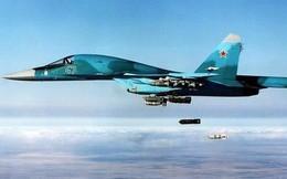 """""""Gấu"""" Nga trút giận: Tên lửa hành trình giội xuống đầu phiến quân tập kích căn cứ Hmeymim"""