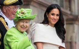 Có một thứ đồ ăn Công nương Meghan rất thích nhưng bị Nữ hoàng cấm tuyệt đối trong Cung điện hoàng gia
