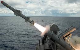 """Tên lửa chống hạm Harpoon xương sống của Hải quân Mỹ sẽ bị """"vứt bỏ"""" không thương tiếc?"""