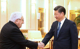 """Bị """"Người bạn lớn"""" Kissinger """"quay lưng trở mặt"""", Trung Quốc điên đầu"""