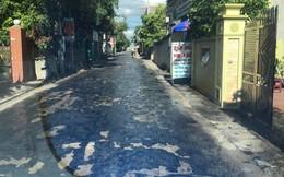Nắng nóng làm nhựa đường tan chảy ở Hưng Yên: Xe máy không thể di chuyển, dính chân người đi bộ