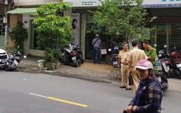 Lái ô tô tông trúng phóng viên đang tác nghiệp ở TP.HCM, tài xế còn liên tục đấm đá nạn nhân