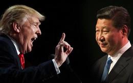 """""""Nổ súng"""" thương mại Mỹ-Trung, TT Trump """"vác đá tự đập chân mình""""?"""