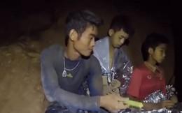 """Giải cứu đội bóng nhí Thái Lan: HLV lần đầu lên tiếng """"xin lỗi"""" sau nhiều ngày mắc kẹt"""