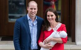 Cặp đôi William - Kate phá vỡ truyền thống trong ngày lễ rửa tội của Hoàng tử út Louis