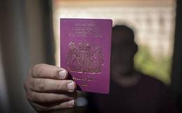 Thâm nhập đường dây buôn bán hộ chiếu bị đánh cắp xuyên quốc gia