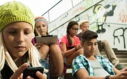 Pháp: Học sinh 14-15 tuổi bị cấm dùng điện thoại thông minh ở trường