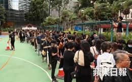 Đám tang đẫm nước mắt của nữ ca sĩ đồng tính Hồng Kông nhảy từ tầng 20 tự tử
