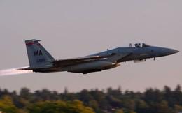 Không quân Mỹ truy đuổi và tiêu diệt máy bay lạ như thế nào?