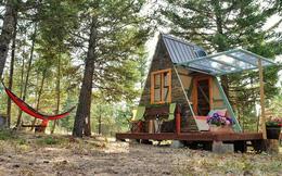 Đôi vợ chồng tự tay xây dựng một ngôi nhà nhỏ vô cùng xinh xắn với số tiền chưa tới 18 triệu đồng