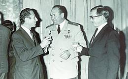 Những pha tuyển mộ điệp viên xuất sắc của tình báo quân đội Xô Viết