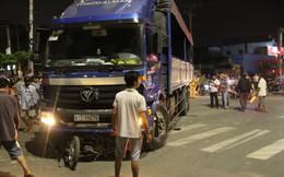 Va chạm với xe tải, người phụ nữ bị cán tử vong tại chỗ