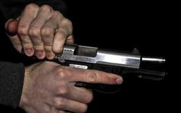 Mẫu thuẫn, vác súng đến nhà bắn 3 người trọng thương