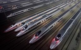 """Thép ế chỏng chơ vì đòn thương mại của Mỹ, TQ vội vung tiền làm đường sắt """"cứu nguy"""""""