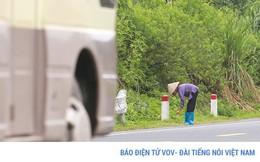 Lạng Sơn: Dân dựng lều nhặt tiền lẻ trên Quốc lộ 1