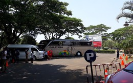 Sợ lộ thông tin, Nhật Bản dùng xe buýt chắn buổi tập kín của đội nhà